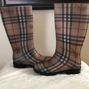 Authentic Burberry Tall Haymarket Print Rain Boots